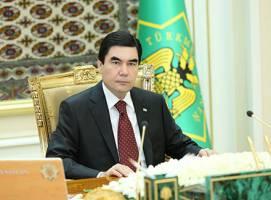 رئیس جمهور ترکمنستان در رویای پادشاهی