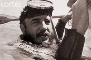 طرح سیا برای ترور کاسترو با لباس غواصی آلوده