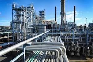 دستیابی ایران به آرزوی خودکفایی بنزین