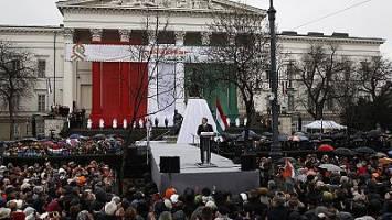 نخست وزیر مجارستان پناهجویان را مجرم و مخالفان همجنس گرا خطاب کرد