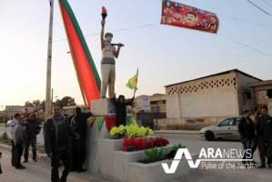 مرمت و نصب مجدد مجسمه کاوه آهنگر در کردستان سوریه