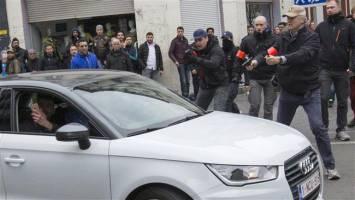 افراطیون بلژیک زن مسلمان را زیر گرفتند