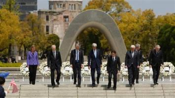 دیدار پرحاشیه کری از پارک و موزه یادبود صلح هیروشیما