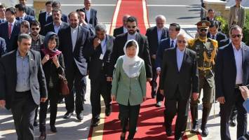 رئیس جمهور کره جنوبی در سفری تاریخی وارد تهران شد