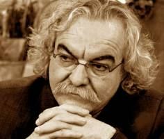 پیام سیدعلی صالحی و هلن اولیایینیا به مناسبت انتشار مجموعه آثار منوچهر شفیانی