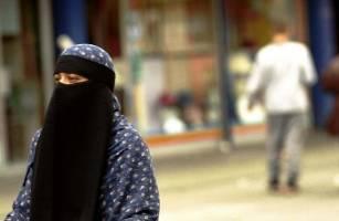تحلیل گفتمان و نگرش های رسانه ای: بازنمایی اسلام در مطبوعات انگلیسی