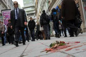 زخم های به یادگار مانده جنگ در خیابان های سارایوو