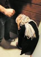 خشونت علیه همسر را به تلفن 123 اطلاع دهید