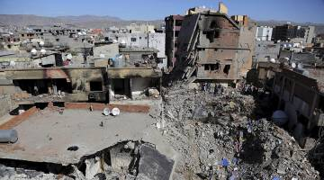 از کوچ اجباری 1 میلیون شهروند تا کشتار پناهندگان سوری