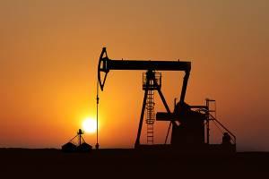 کاهش جهانی قیمت نفت