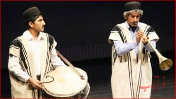 جشنواره ی موسیقی نواحی «آینه دار» در تالار وحدت