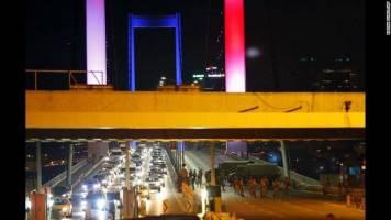 ۱۰ هزار گردشگر ایرانی سردرگم در ترکیه