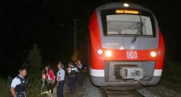 حمله فردی با تبر به مسافران قطاری در آلمان