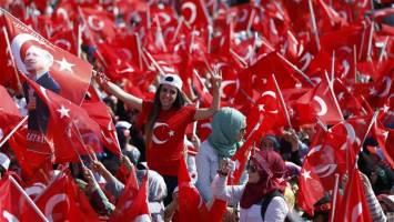 تظاهرات صدهزار نفری در حمایت از دولت اردوغان
