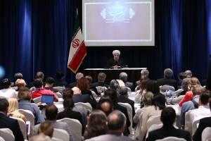 ایران سد دفاعی بزرگ در برابر تروریسم است/مانعی برای فعالیت کمپانیهای آمریکا در ایران نیست/ عربستان اختیاراتش نسبت به زائران نامحدود نیست