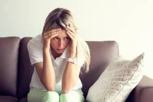 سندرم پیش از قاعدگی (PMS) را بهتر بشناسیم!
