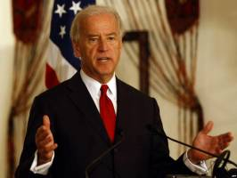 جو بایدن: در انتخابات ریاست جمهوری ۲۰۲۰ نامزد میشوم