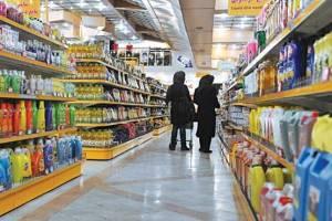 ادامه نابسامانی در بازار کالاهای اساسی معیشت مردم را تهدید میکند