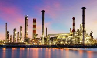 ضرورت استفاده از ظرفیت صنایع پایین دستی نفت