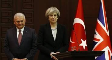 دیدار می با ییلدیریم/ ترکیه و انگلیس قرارداد نظامی امضا کردند