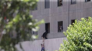 با هلاکت هر4 تروریست داعشی، حمله به مجلس تمام شد!