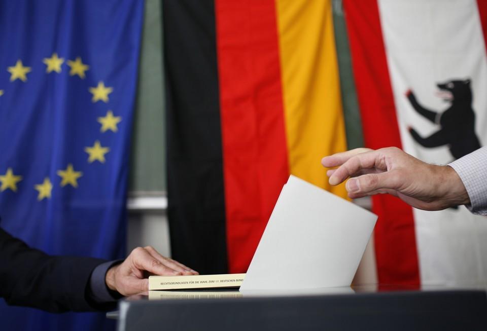 اقتصاد و مهاجرت در صدر برنامه های احزاب آلمانی