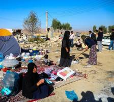 نایلون؛ از اقلام مورد نیاز زلزلهزدگان