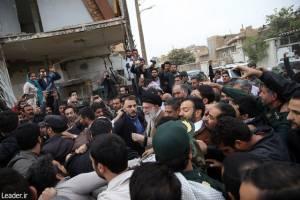 حضور رهبر انقلاب در مناطق زلزلهزده