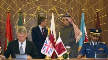 دیدار  وزیران دفاع انگلیس و قطر