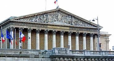 تصویب لایحه جدید مهاجرتی دولت مکرون در مجلس فرانسه