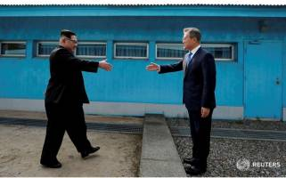 جهان چشم انتظار صلح دو کره