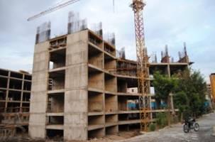 بلاتکلیفی برجهای دو قلوی کیو خرمآباد