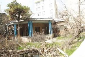 خانه نیما یوشیج همچنان در بلاتکلیفی!