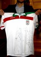 چگونه یوز بر پیراهن تیم ملی نشست؟