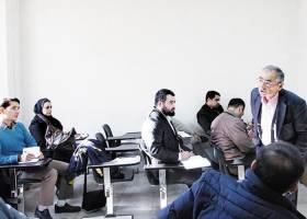 در ماجرای بازنشستگی، حق با زیباکلام است یا دانشگاه تهران؟