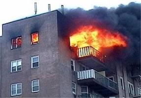 انفجار شدید در منزل مسکونی/ نجات 25 نفر از داخل ساختمان