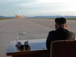 گزارش سیا: کیم جونگ اون تسلیحات هستهای را کنار نمیگذارد