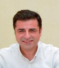 دموکراسی پارلمانی راه نجات و سعادت ترکیه!
