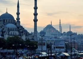 چرا ارزش لیر ترکیه به یک باره سقوط کرد؟