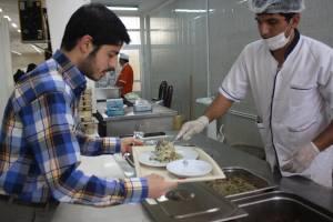 خوابگاههای دانشجویی، رمضان و نقد همیشگی به کیفیت تغذیه!