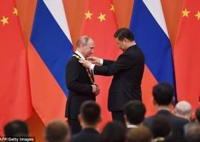 شیجینپینگ با اهدای یک مدال، پوتین را ستایش کرد