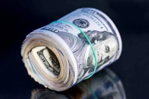تب فروش دلار به دنبال کاهش نرخ ارز