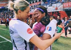 ملیپوش فوتبال آمریکا 3 ماه پس از زایمان به میادین حرفهای بازگشت