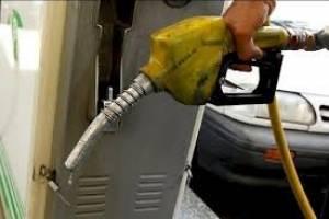 نگاهی به قیمت بنزین در ایران و کشورهای همسایه