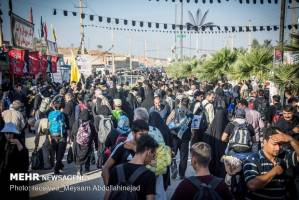 ورود بیش از 100 هزار زائر به قصر شیرین