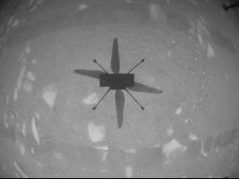 لحظه تاریخی پرواز موفقیتآمیز بالگرد ناسا در سیاره مریخ + تصویر