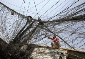 صحبتهای مصطفی الکاظمی در خصوص صادرات برق ایران به عراق و علت قطعی برق این روزهای عراق!
